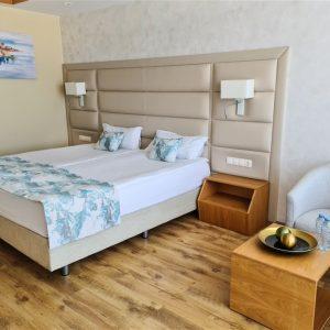 Двойна стая страничен изглед към море Bilyana Beach Hotel Несебър твоята мечтана почивка на брега на морето